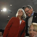 Hillary Clinton emails include chats with old Chicago friend http://t.co/cnqVggZG5l http://t.co/yPDoHpCrrg