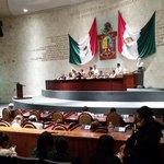 Hay quórum, reiniciamos la sesión ordinaria del pasado día 28 de agosto #Oaxaca @62LegisOficial http://t.co/zhlA4uUJme