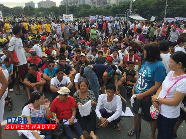 quirino grandstand ethical analysis Bulatlat contributors september 2, 2010 2 comments august 23 hostage crisis, quirino grandstand by benjie oliveros analysis bulatlatcom it is shocking how a single hostage-taking incident has shook the country and exposed its problems and vulnerabilities, as well as the ineptness of government.