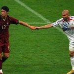 Cristiano Ronaldo e Zidane #FotosHistóricas https://t.co/hOrb3RZG2C