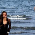 Chi è il sirenetto a mollo durante il photo call di @ElisaSednaoui ? Chi sa parli! #venezia72 #talentscout http://t.co/saZ0qPsEsY
