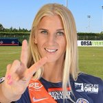 .@JakobssonSofia meilleure joueuse de D1 de la saison 2014-2015 ! #grattis #félicitations @FFF http://t.co/HxJ8yRVKny http://t.co/xXmcZSEpwI