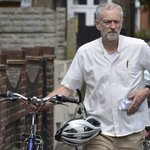 Jeremy Corbyn writes poetry on the train to work, he reveals http://t.co/fUDEyNKWsw http://t.co/M43fpP20Oo