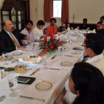 Insightful lunch with leading #SriLanka tweeps today at my house. http://t.co/MgnJcmEQUF