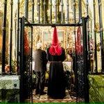 Domingo de Ramos de negro penitente y rojo redención, de Carbajalas, horquetas y San Martín #RedenciónLeón #LeónESP http://t.co/Bvt4Jww5ky