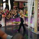 Our first @DancingABC mystery celebrity: @Kimzolciak. #DWTS #DancingOnGMA http://t.co/jS5u98RGbq