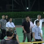 #PAPRally #GE2015: PM Lee Hsien Loong turns up at Delta Hockey Pitch to applause and cheers from the crowd. http://t.co/tCNQgzXdvU