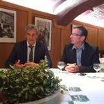 Pause politique avec le maire de #Montpellier Philippe @saurel2014 venu présenter tête de liste 66 pour #Régionales http://t.co/eK9K8ghvv3