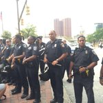 Protestors tried to block traffic at Inner Harbor. police prepared @wusa9 #FreddieGray Hearings http://t.co/EtCT1nwYnG