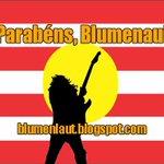 Não é só cultura germânica, tem muito rock n roll também! #blumenau165anos http://t.co/dhS73r2m2S