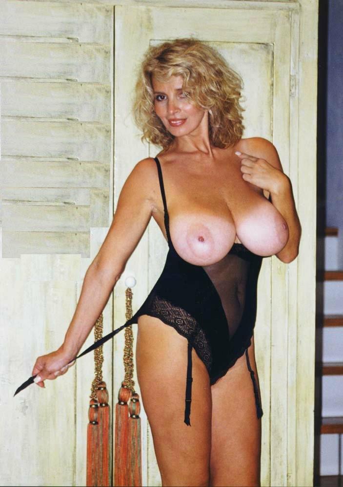 эротика зрелые женщины с большой грудью фото