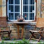 Old Tallinn ambiance http://t.co/Q647eWJbhy http://t.co/XLn6lTw6F5