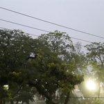 Llueve en nuestra querida Ciudad. Gracias Dios. @VerdadDigitalsv @alertux http://t.co/Okz1vjNNEV