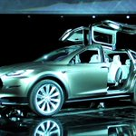 These are the latest details on @TeslaMotors' new Model X SUV http://t.co/B4JLZ6Y8LK http://t.co/ZQchVseUAu