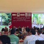 Comida con Motivo del Día del Trabajador de la Radio y la Televisión CIRT Delegación #Querétaro http://t.co/I7m4yI1NkB