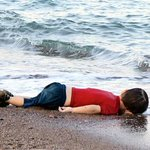 The Syrian migrant crisis in one heartbreaking photo. http://t.co/wd9SQn7dVH http://t.co/oHtGXdDESI