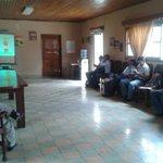 Estrategias para combatir el Dengue. Mesa de Salud, Región 11 (Danlí - El Paraíso) @JuanOrlandoH @ReinaldoHN http://t.co/fHoQVxG7gH