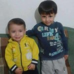 The little boy who drowned - here, with his brother who also died. #Newsnight confirms they were Kurds fleeing Syria http://t.co/FG1iOLmyV9