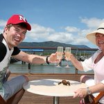 #Tourists spend $1billion in #Cairns for first time in a decade http://t.co/ymsHGNrvGE #Tourism #FNQ http://t.co/7IqkuQwZd5
