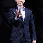 放送関係者によると、Super Junior キュヒョンがウェブドラマ「恋したら死ぬ女ポンスン」の男主人公にキャスティングされた。先端研究チームの最年少チーム長役。3日初撮影。 http://t.co/wc1Z0jHwPj http://t.co/YeLprfWST7