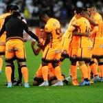 De laranja, Corinthians derrota Fluminense por 2 a 0 e abre sete pontos de folga na liderança http://t.co/iN3fUy2r1u http://t.co/JGCnTwxYgj
