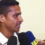 Cícero diz que não acreditou que seu gol foi anulado e detona: Erro grotesco http://t.co/XdmiBaofoL http://t.co/TxFrtu0c3z