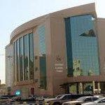 """إصابة طبيب بـ"""" #كورونا """" بمدينة الملك سعود الطبية . #مدينة_الملك_سعود_الطبية #كورونا - http://t.co/QJmgLAWmeE"""