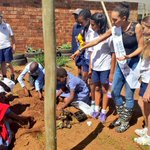 #TBT Our very own Steffi joined #Redhill students in Soweto at #LulamaPrimary #FoodSecurity and #YouthLeadership http://t.co/2zlFpfLExJ