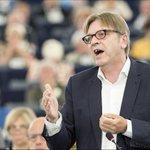 """Verhofstadt: """"Dit is het totale ontbreken van Europa"""" http://t.co/0mfJGKJIOe http://t.co/dfRyCdIjYh"""