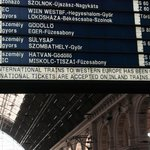 Alle Züge in den Westen gecancelled. #keleti #budapest http://t.co/p7rJ7eBzgd