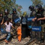 Niet de vluchtelingen maar Gwendolyn Rutten holt de sociale zekerheid uit- Opinie @johncrombez http://t.co/adEx18kqJd http://t.co/rAjMuCmxX7