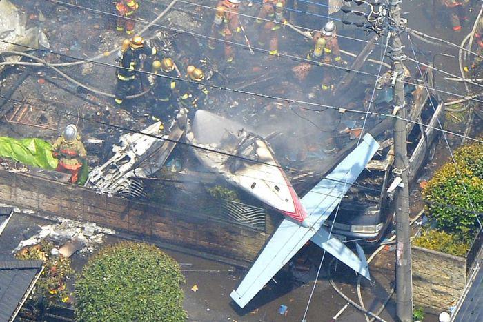 Ditemukan Uang Sekitar Rp 33 Milyar Terselip Diantara Puing Pesawat Trigana Air - AnekaNews.net