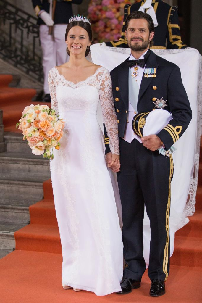 The 22 Most Beautiful Royal Wedding Gowns Of All Time T