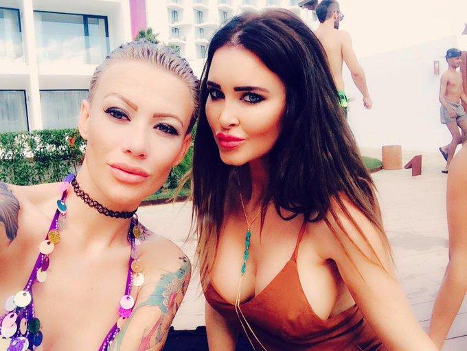 Wild European lesbian Hollie Hatton pushes hard on Becky Holt's cunt  856445