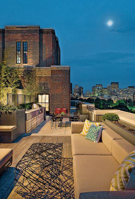 En wat zou de #dakwaarde van dit dak zijn? iig onbetaalbaar mooi.... #architectuur @BakkerLeendert @DroomHome http://t.co/Hsvg5dLFYV