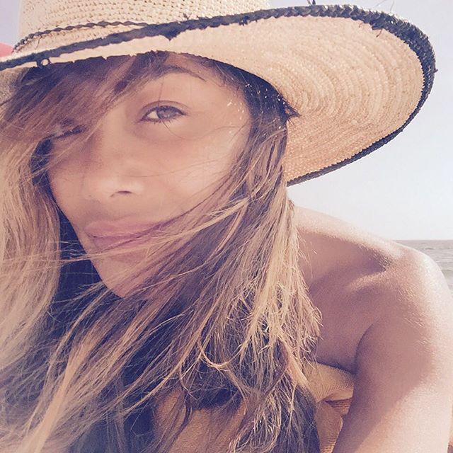 Lazy #summer #beach daze...????????#grateful #soblessed http://t.co/ganP32tsbq http://t.co/6M3MAc3iI7