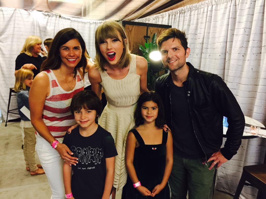 @taylorswift13 is a very nice person. http://t.co/vqtAqGYdWa