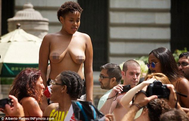 Chile nude protest student