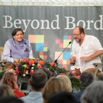 A light-hearted moment w/ @williamDalrymple at #BeyondBorders in Traquair, Scotland's oldest inhabited house (c.1000)