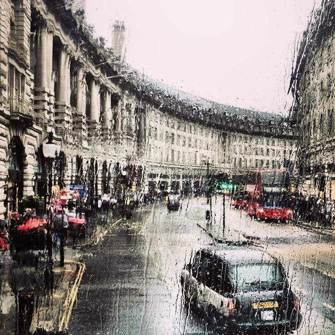 @visitlondon #rainyLondon http://t.co/jd5nhpDYfX