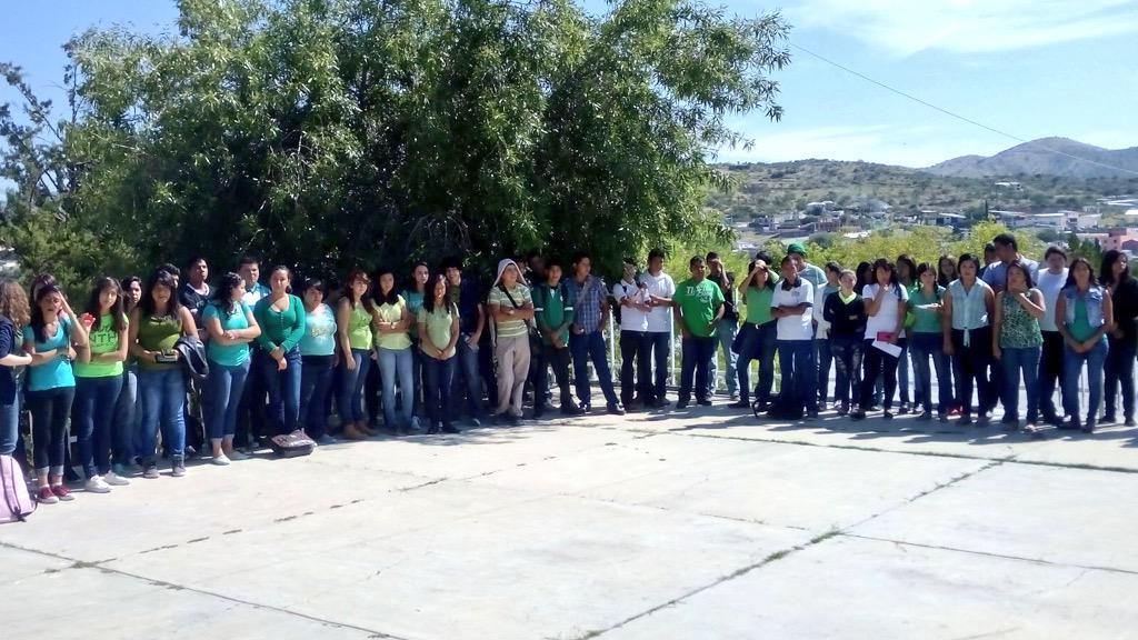 COBAED (@COBAEDoficial): COBAED Sta Ma Oro trabajando con sus docentes de manera regular en actividad de Valores #SólolosMejores @chuycabrales http://t.co/aYxHFESY6F