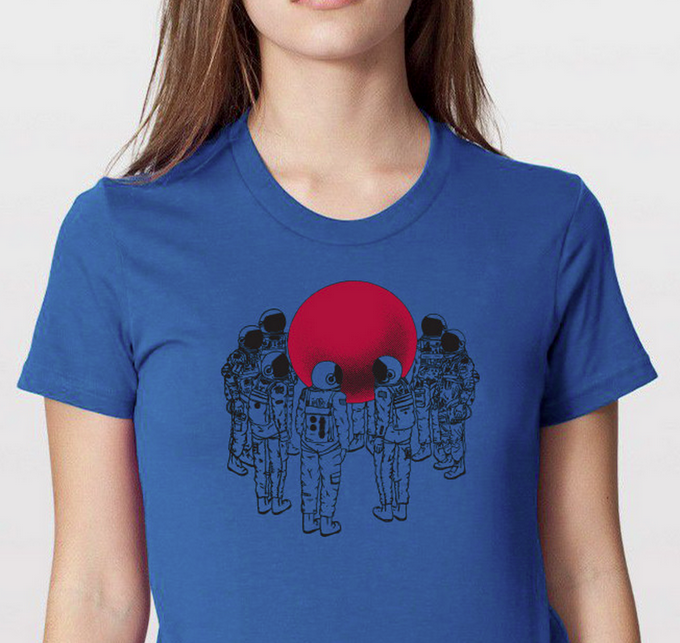 RT @hitRECord  This Astronauts shirt is now on sale for just 15 bucks in our RECord Store -- http://t.co/Z5z6AIRAC5 http://t.co/g0ZJ5oW0yu