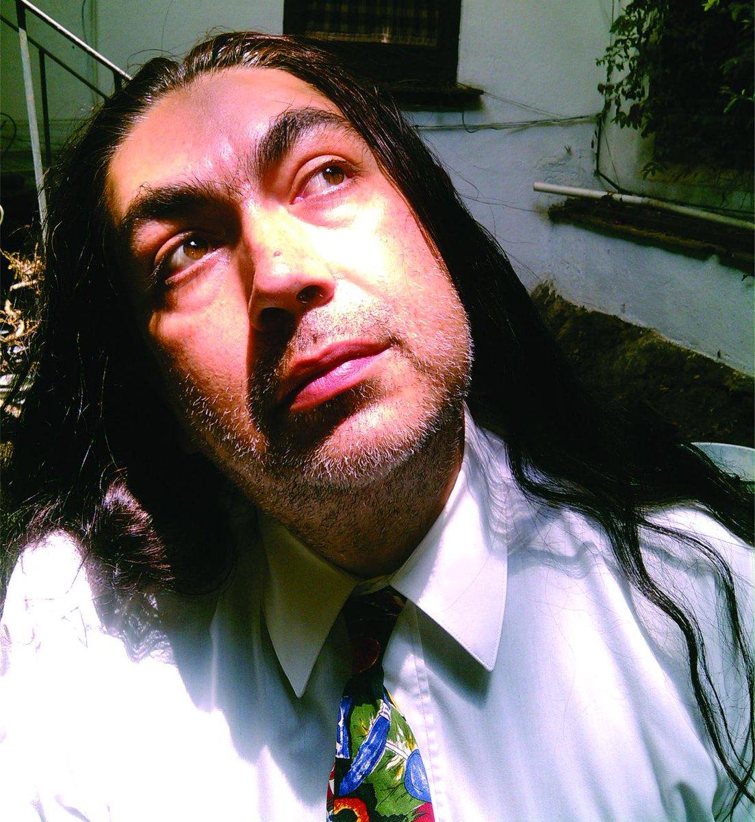 Ayer meditando en que soy Actor y que hay que buscar trabajo :D http://t.co/mdTZrcXVOh