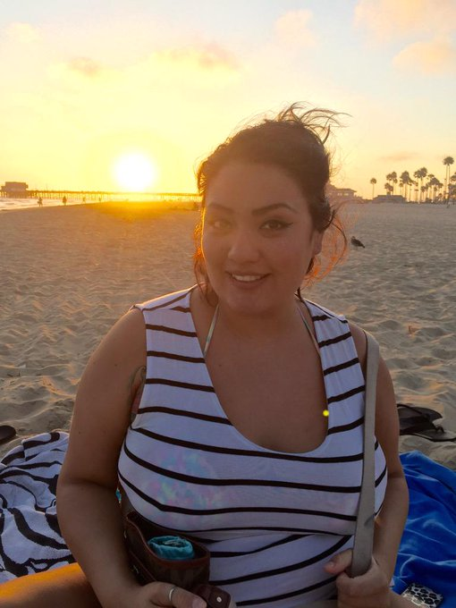 Beautiful afternoon at Newport Beach and with @MWeatherz. Now off to dinner with @44dddsinurmouth #bbw