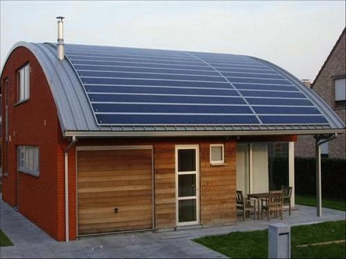 """""""Nieuw"""" soort #dakbedekking: #zonnepaneel @unetovni @Benjijduurzaam @Installatie @zonneenergienl http://t.co/WHo69o9KJ9"""