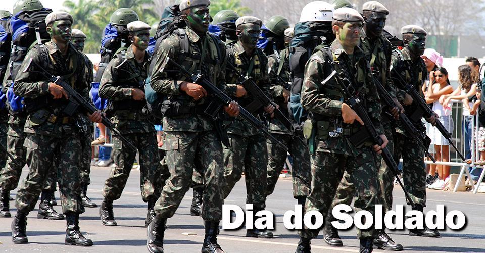 A Música do Dia: aquele que defende o seu país também exerce a profissão mais antiga do mundo. http://t.co/KLNX5ocajS http://t.co/1FUKaRsSsR