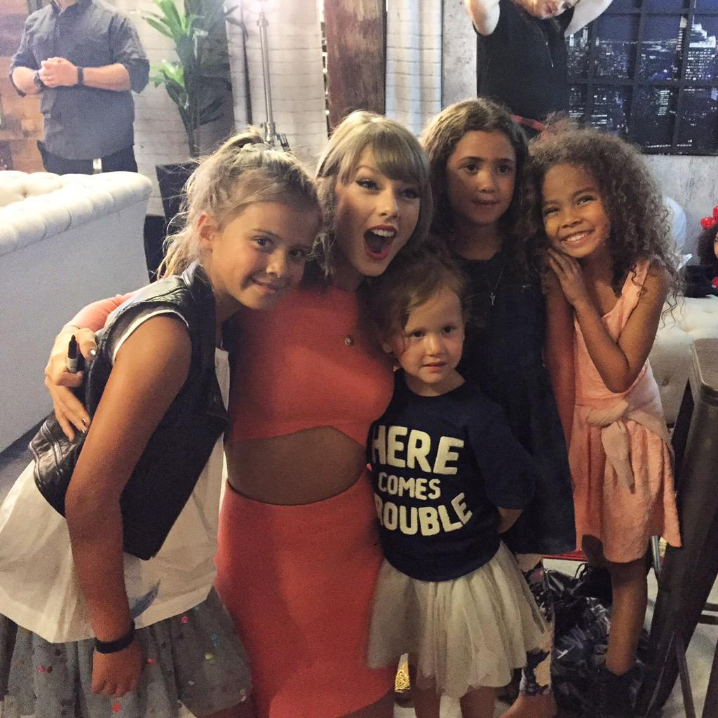 Best day of my daughters life! @taylorswift13 you are the sweetest human ever! http://t.co/wfvUyytMqP