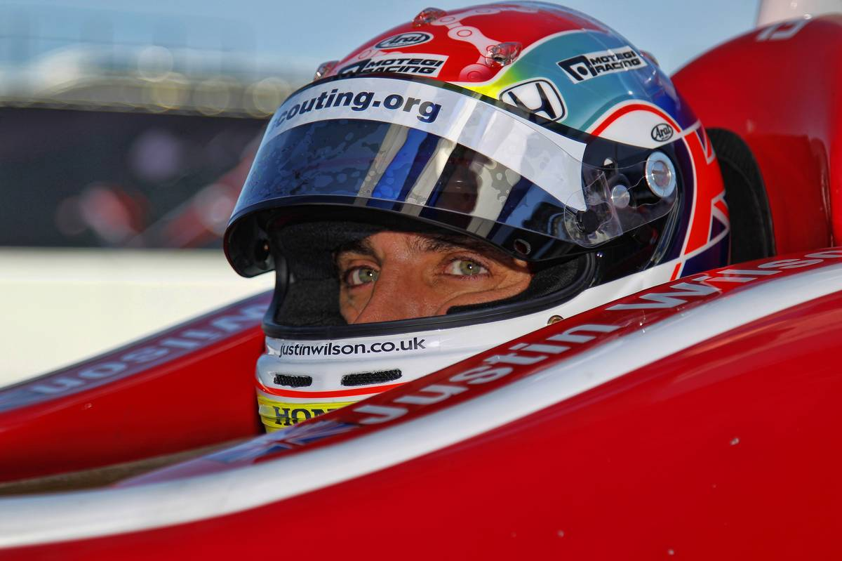 Justin Wilson has saved six lives through organ donation, his brother has revealed http://t.co/JjXOR1Fbe0 http://t.co/li0HUTxt8s