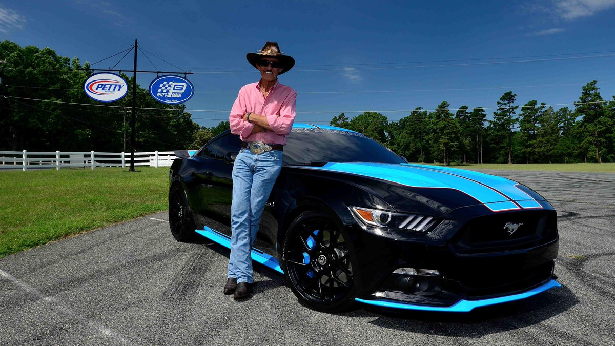 """#ANNOUNCEMENT: """"The King"""" of @RPMotorsports will join us at #Mecum #Dallas2015! @FordMustang GT to benefit @PVA1946 http://t.co/vgXvYnoIEJ"""