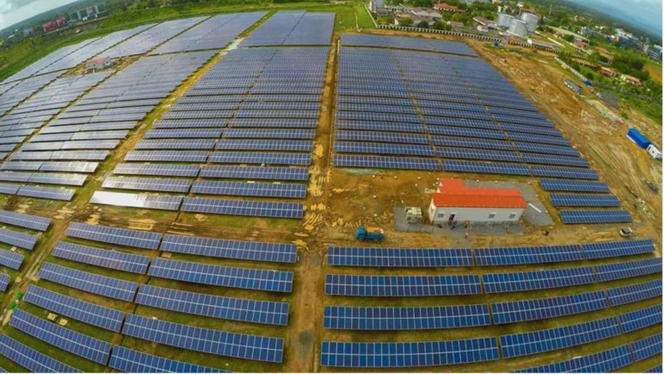 #Aeropuerto de Kochi funciona al 100% con energía #solar https://t.co/txjQCQiblv #Sustentabilidad #Medioambiente http://t.co/vn8YCjOMPe